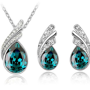 Gorgeous Modernist Genuine Waterdrop Green AAA Zircon Peacock Pendant Necklace A