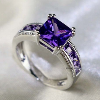 Women Halo Wedding L44 Purple Ring