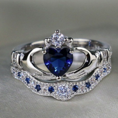 Exquisite Heart Cut Sapphire Crown Double Ring In 925 silver