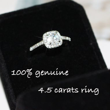 Luxuey Cut 4.5 Carats Diamond and White Gold Ring Gift