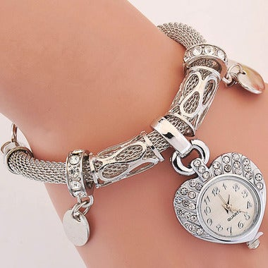 Ladies Sliver Love Heart-Shape Dial Watch Fast Shipping Women Bracelet Watches