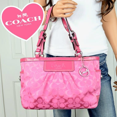 Coach Signature Pleated Gallery Tote