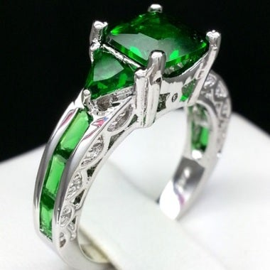 Brilliant Green Cz princess cut ring
