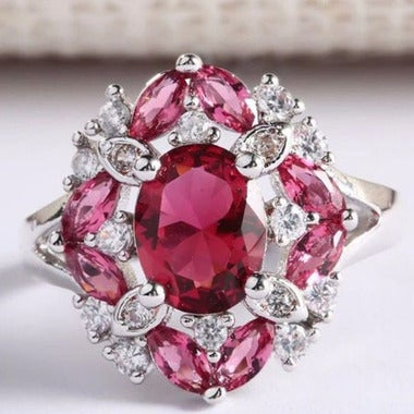 Luxuary Exquisite 2CTW Genuine Red AAA Zircon Ring In White Gold Filled
