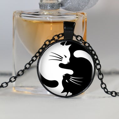 Vintage Two Yin Yang Cats Necklace Pendant Kolye Cabochon Long Chain Statement N
