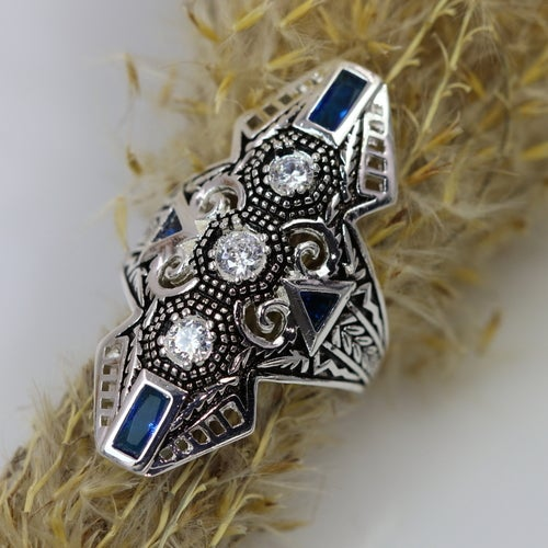 2018 Art-Deco filigree ring. Platinum plated. 5AAAAA level Italian zircon. Beautiful, fashionable design and High quality.3X Platinum plated. Beatifull look in person. Quick delivery. Great size.