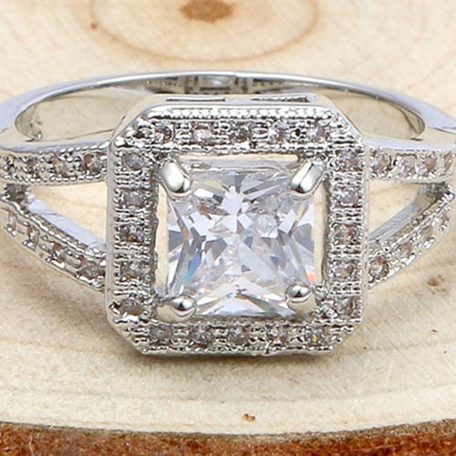 Gorgeous Princess-cut White Sapphire Sterling Silver 925 Ring