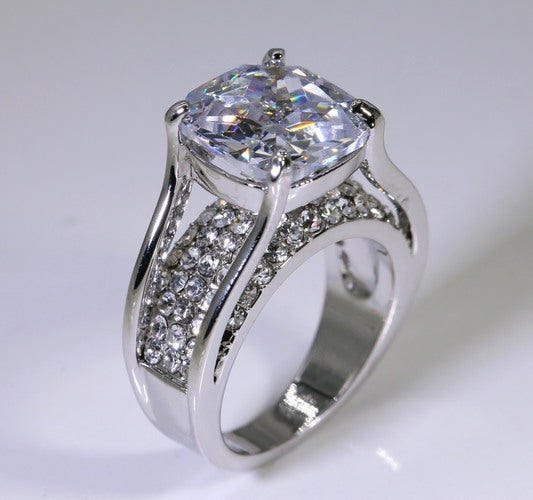 Paved CZ Channel Ring #553
