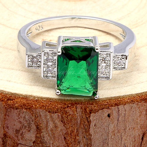 Charming 2.3 ct Emerald & White Sapphire Sterling Silver 925 Ring
