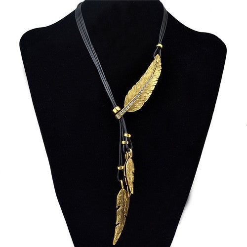 New Fashion Feather Statement Necklace