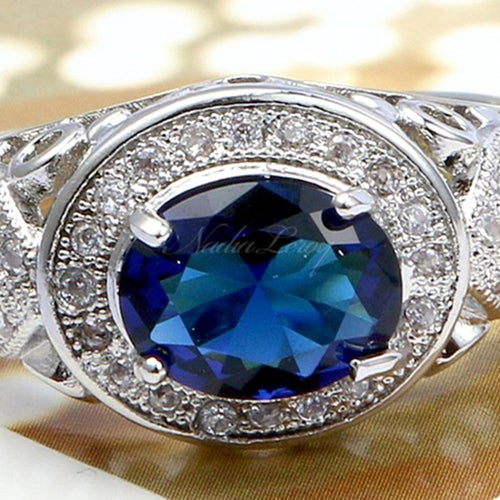 Stunning Oval-cut 2ct Sapphire & White Sapphires Sterling Silver Ring