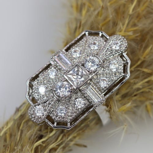 2018 Art-Deco filigree ring. Platinum plated. AAA level zircon. Beautiful, fashionable design and High quality