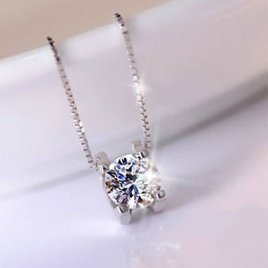 Hot Women Anti allergy Austria crystal Necklace Luxurious Pendant