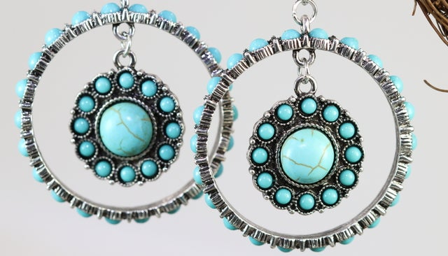 2018 Silver or Antique gold Turquoise earrings. Lot's of beautifully created Turquoise stones. High quality and absolutely gorgeously looking earrings. One of the kind item guaranteed!! Never fade technology. Great gift for yourself or your loved ones. Fa