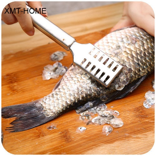 XMT-HOME Kitchen tools manual fish scaler fishing scalers fish cleaning knife cleaner tweezers for fish cleaning 1 pc