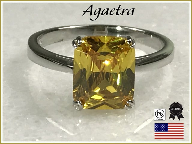 Citrine on Silver Ring.