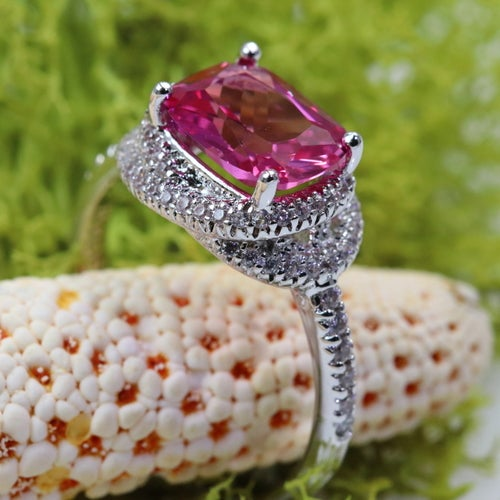 """""""Je te veux"""" collection from Alpha Jewelry. Geniune high quality Italian origin stones. Excellent designer art work and oustanding look. Certified 3x Platinum plated. One of the kind opportunity. Luxury and absolutely gorgeous statement ring."""