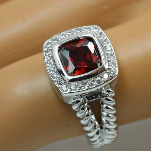 """Luxury """"MODERN"""" collection.Gorgeous, 100% Genuine ring. Certified Platinum plated. Excellent quality. Excellent cut, excellent clarity. Very rich looking statement ring!!!"""