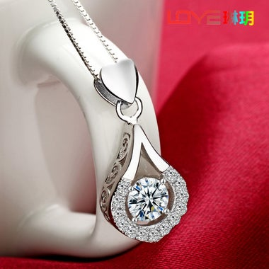 Luxury AAA zircon heart-shaped drops of 10K white gold Filled necklace