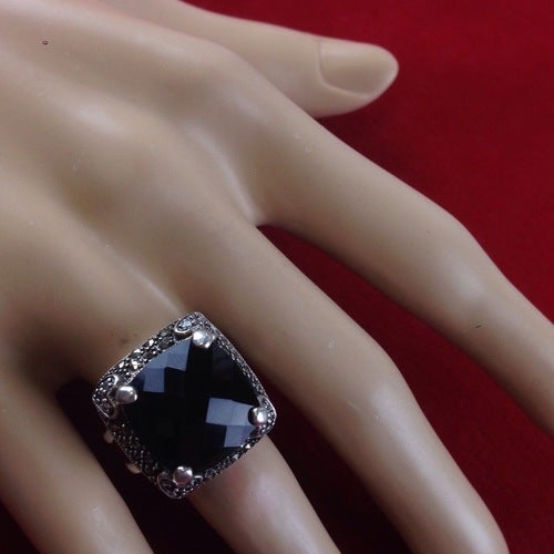 Vintage 10 CT Blood Garnet diamond and Marcasite Rin    | Tophatter