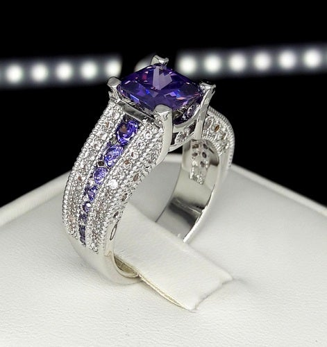 Brilliant 5ct Genuine Amethyst stone ring as show in pic
