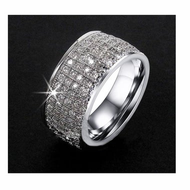 2017 Titanium steel Luxurious Full crystal Ring