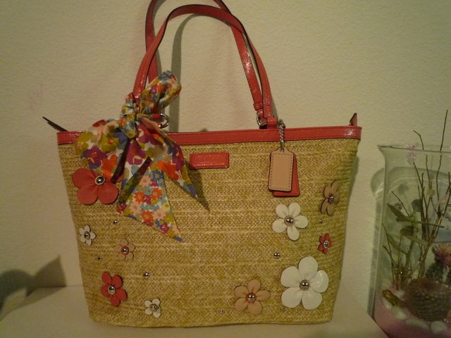 New coach f29861 straw floral applique tote handbag tophatter