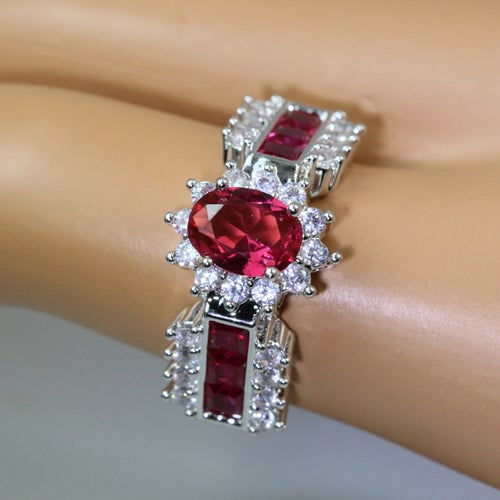 Statement ring for women. Great quality with a Geniun stones.