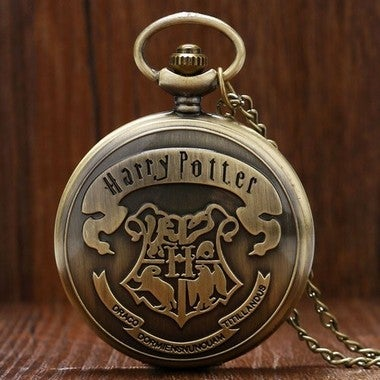 2018  Shield School of Witchcraft and Wizardry Bronze Pocket Watch Men Women Chi