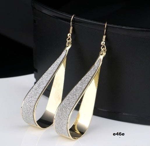 Superiour quality earrings for women. Three options are available. Modern look and eye catching piece of jewelry. Not heavy but great looking. Rich colors and very shiny.