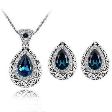Exquisite Classic Genuine Pear Cut Sapphire Pendant Necklace And Earring Set