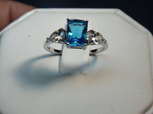 Tophatter Blue Ring