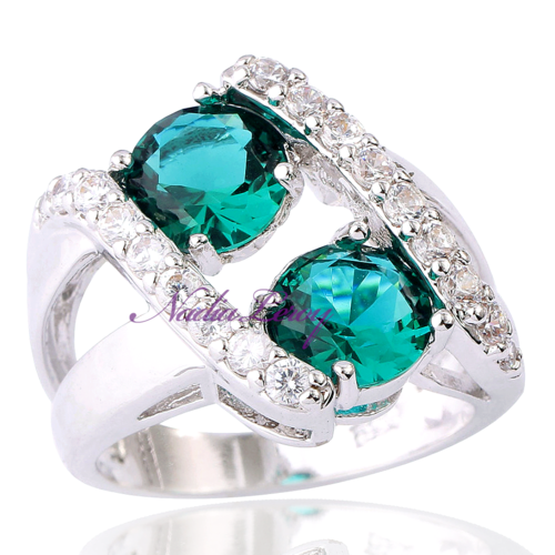Beautiful 1.5 ct Green Topaz & White Topazes .925 Sterling Silver Ring