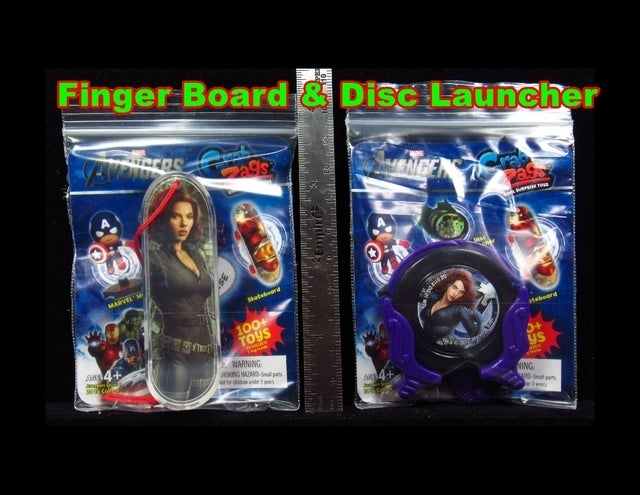 Grab Zags Black Widow Finger Board and Disc Launcher Set