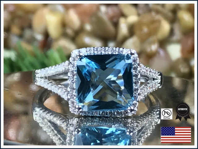 Exquisite CZ Ring in Silver. Size 7, 8 or 9.