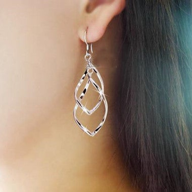 Double Twisted Multilayer Lady Classic Fashion Ultra Shiny Alloy Earrings