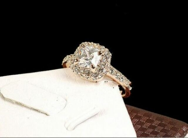 Beautiful A02 Womens Rose Gold Plated CZ Ring