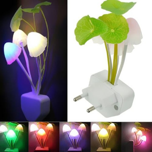 1Pcs US/EU Romantic Colorful LED Mushroom Night Light Bed Wall Lamp Home illumination
