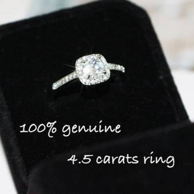 cut a glittering 3.5 c arats d/iamond white gold ring