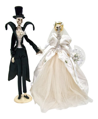 Bride and Groom Skeletons Dearly Departed Figurines Set of 2