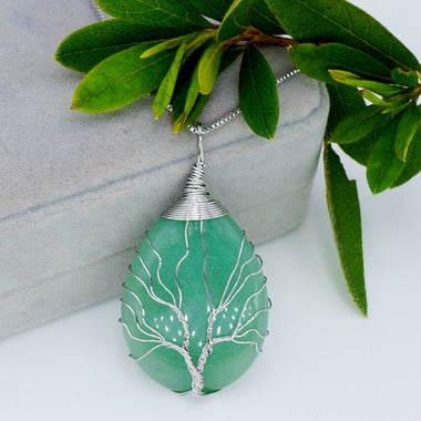 Life Tree Waterdrop Pattern Genuine Green Aventurine Pendant Necklace