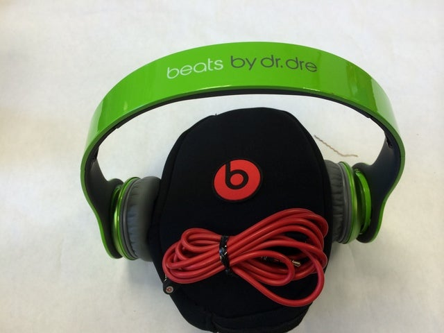 Beats Solo Hd Refurbished Lime Green Tophatter
