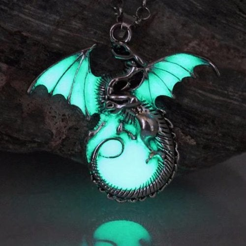 Dragon Punk Luminous Dragon Pendants & Necklaces GLOW in the DARK dragon amulet Sweater Chain Gift ancient