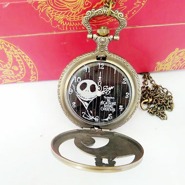 Innovative design ghosts face waves partner pocket watch