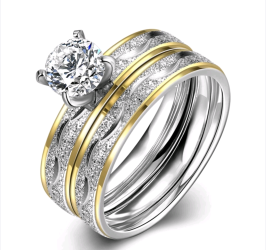 4mm titanium plated 2ct gold and silver dusted wedding set.