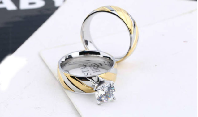 6mm Stainless steel two toned wedding engagement set.