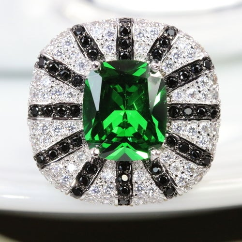 Marvelous collection from 'Alpha jewelry'. Certified 3X Platinum plated. Genuine 6 Karat 5AAAAA level Italian origin stone inlay with over 250 pure white stones to compliment beauty of main stone . Rich, Sophisticated, Fashionable and absolutely outstand