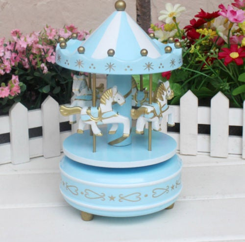 Home Decoration Wind Up Horse Fairground Roundabout Carousel Musical Box Toy
