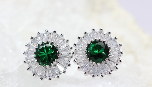 2017 New Edition To Alpha Jewelry!!!! Perfect Quality, Stunning & Very Shiny, AAA Italian Zircon. White Gold Plated Studs Earrings For Women!!!