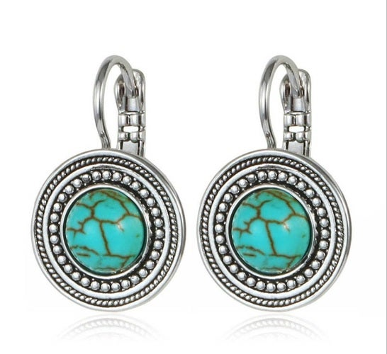 High quality earrings for women. Great quality. Fashionable design but yet very classy earrings with lot's of details. Three options of finish are available. Very limited quantity.